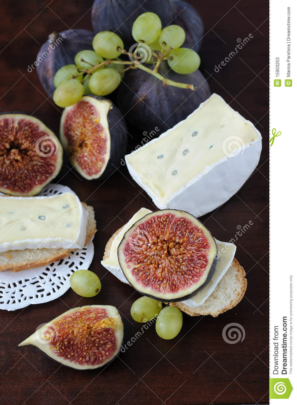 Figs And Cheese Stock Photos - Image: 15903253