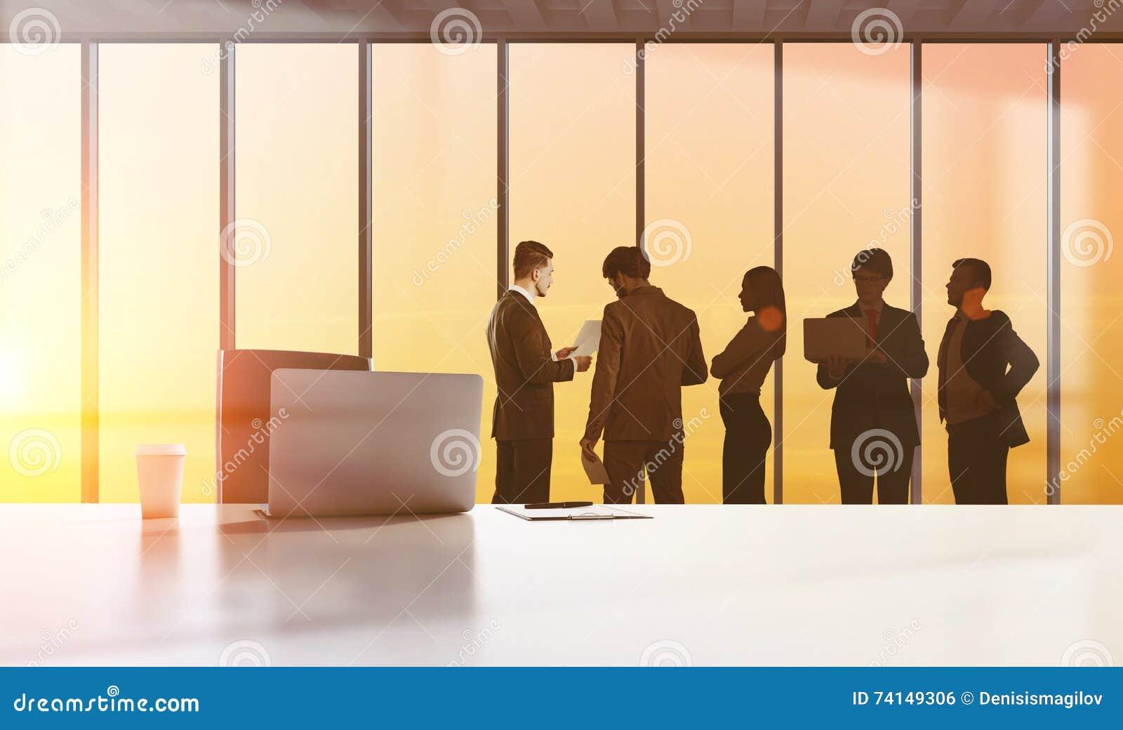 Figuras dos empresários, conceito dos trabalhos de equipa