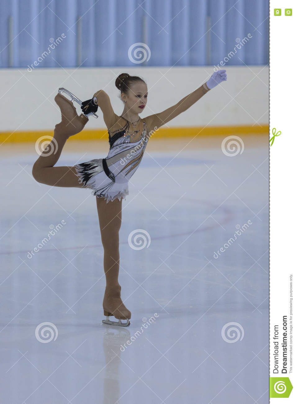 Figure Skater Varvara Ravgen Performs Bronze Class III Girls Free ...