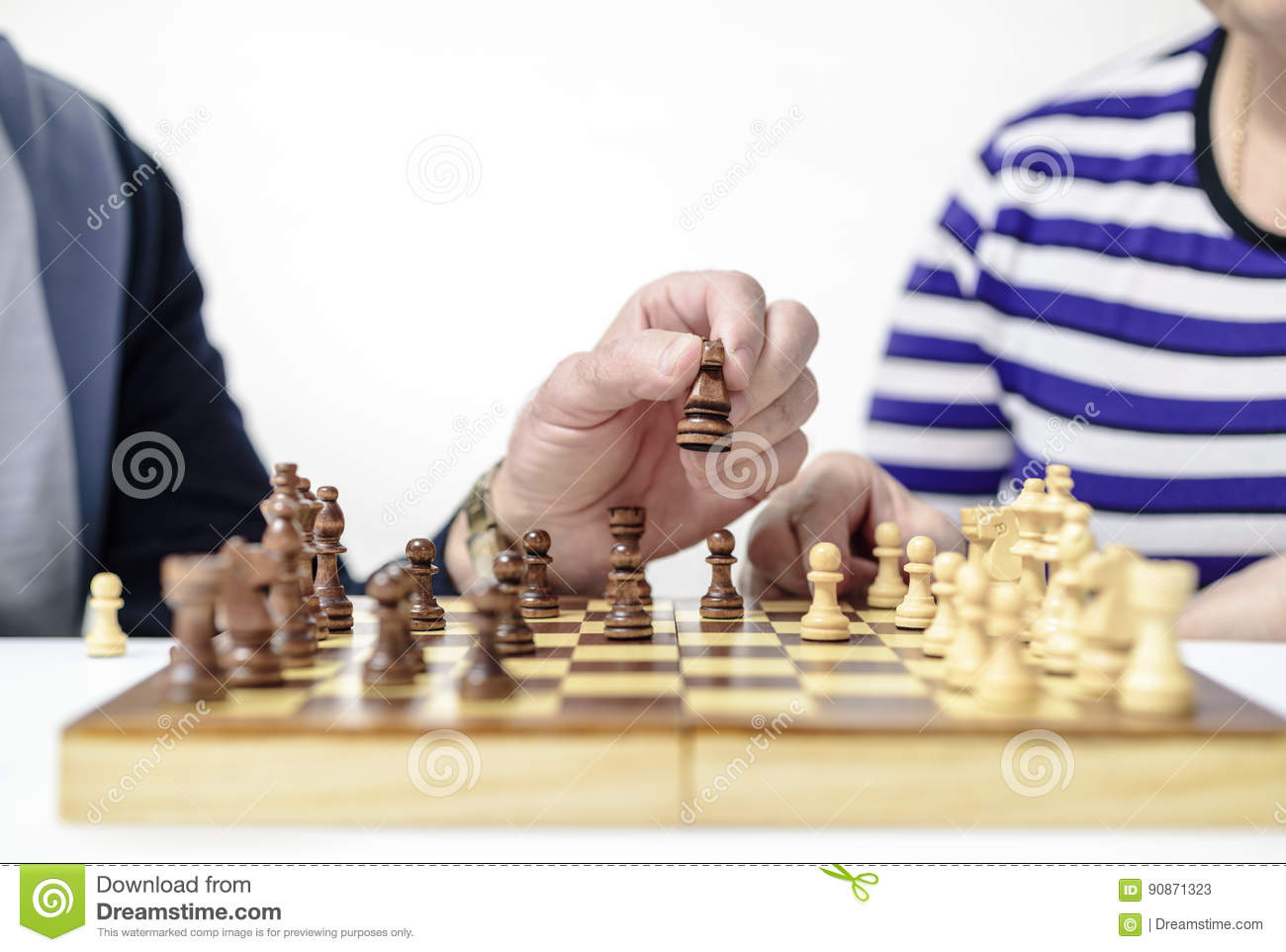 Figures on a chessboard