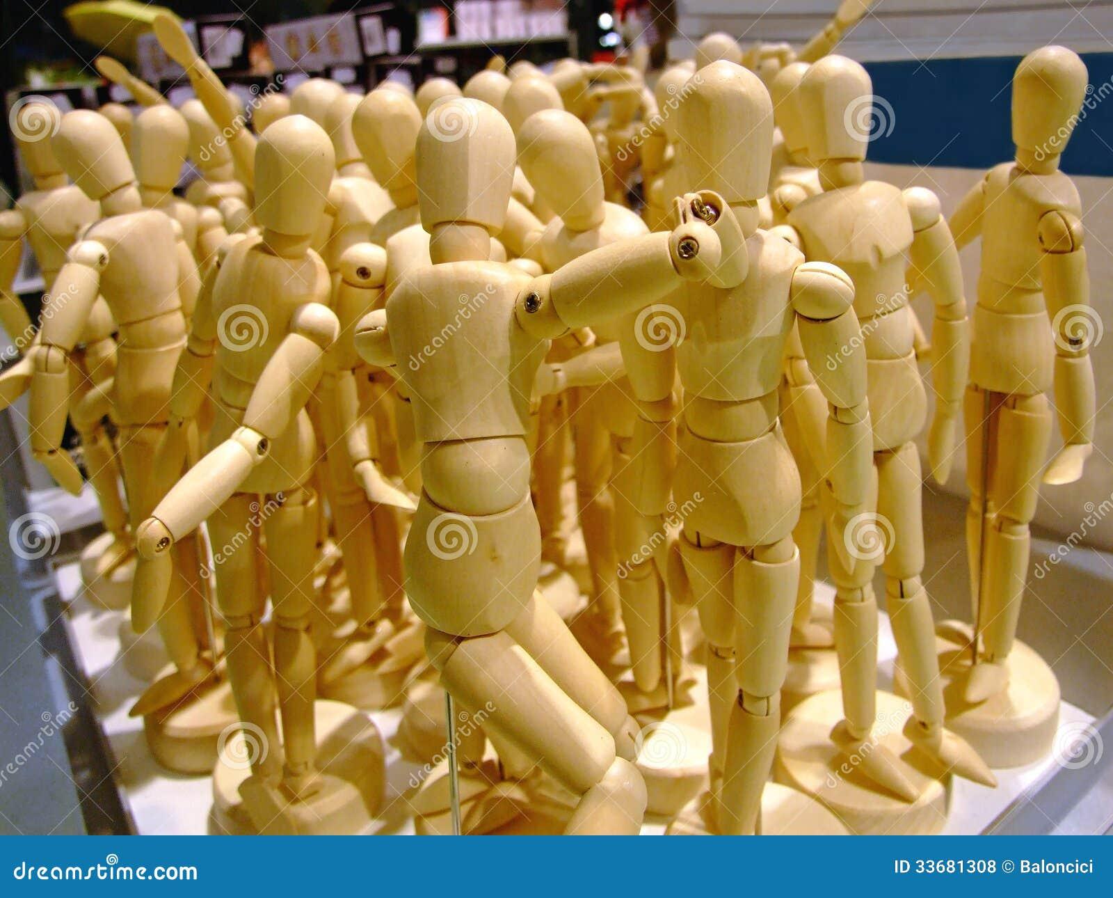 Figurine di legno
