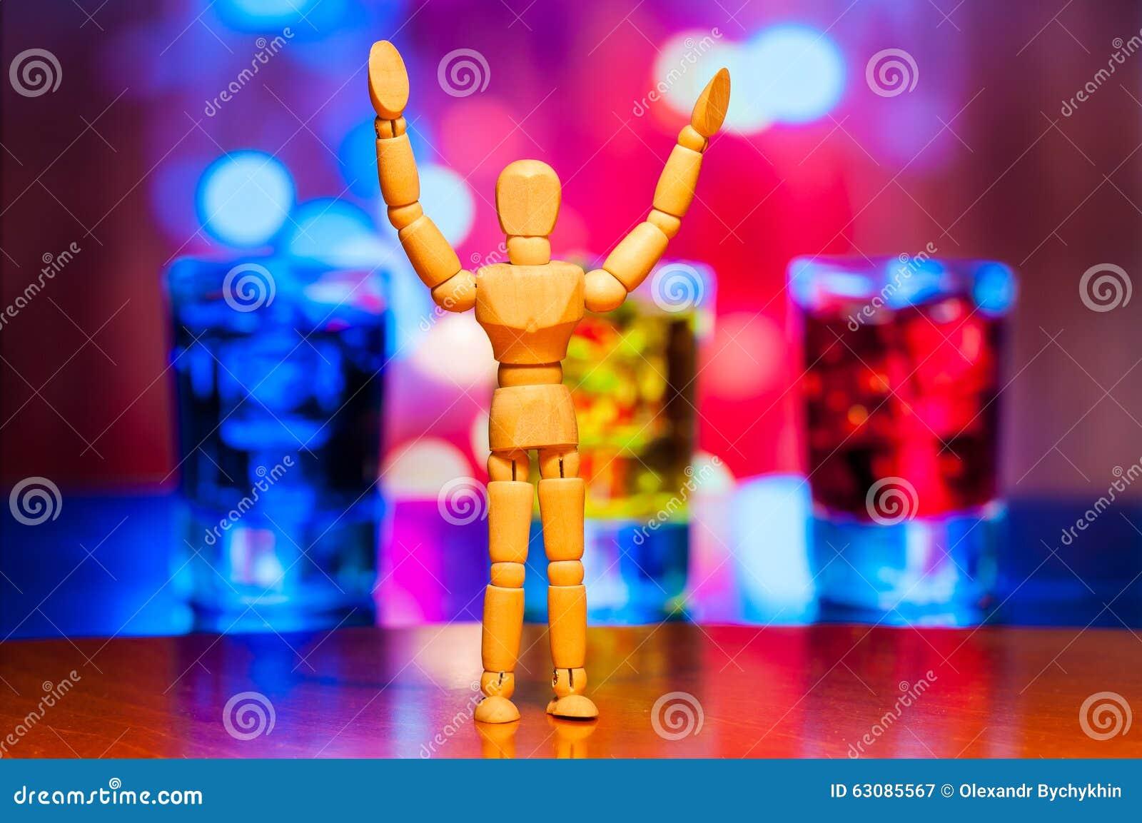 Download Figurine En Bois Heureuse De Muet, De Mannequin Ou D'homme Image stock - Image du enfoncé, abus: 63085567