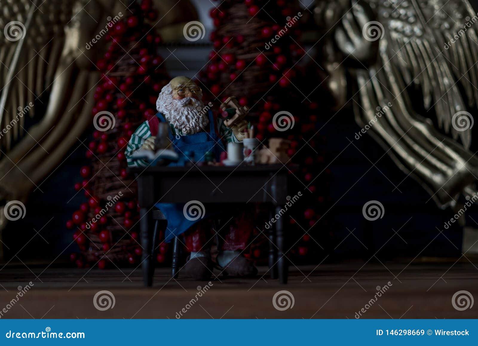 Figurine miniature de Santa Claus