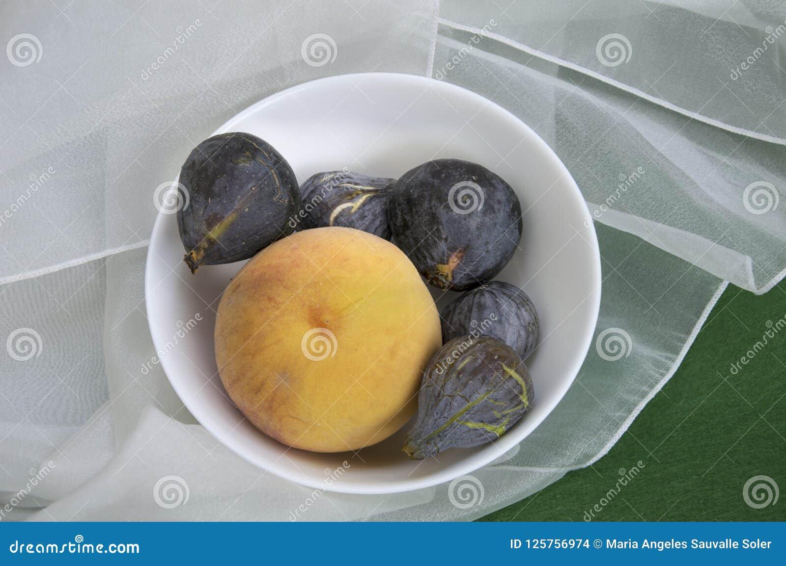 Fikonträd och persika