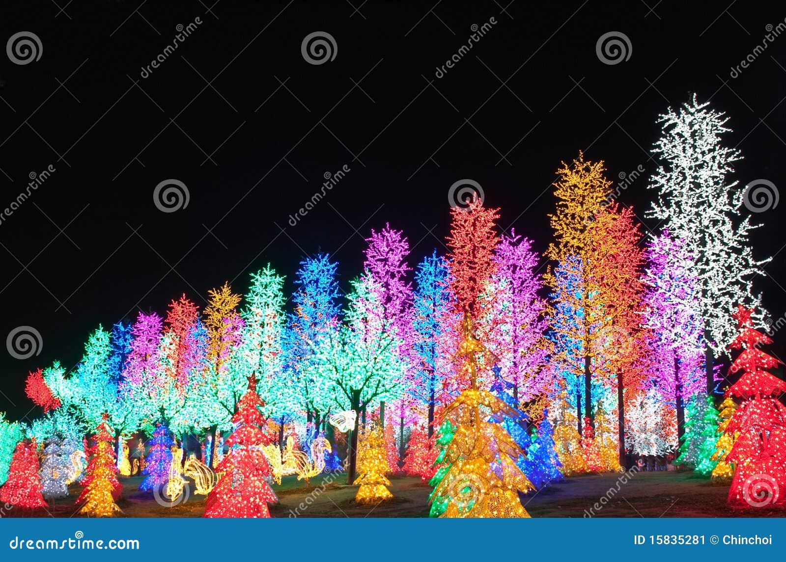Fila de la decoración del árbol del LED