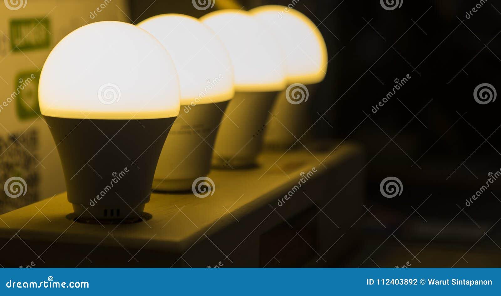 Fila de la lámpara del LED