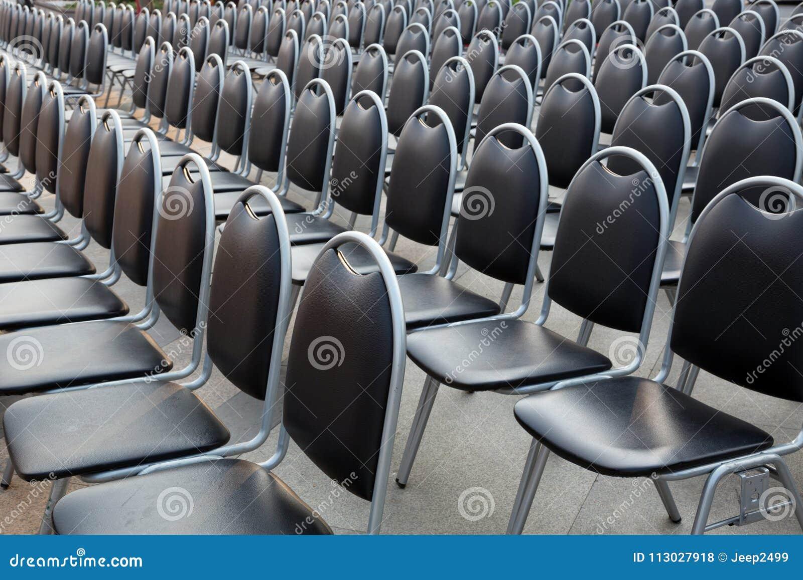 Fila de las sillas
