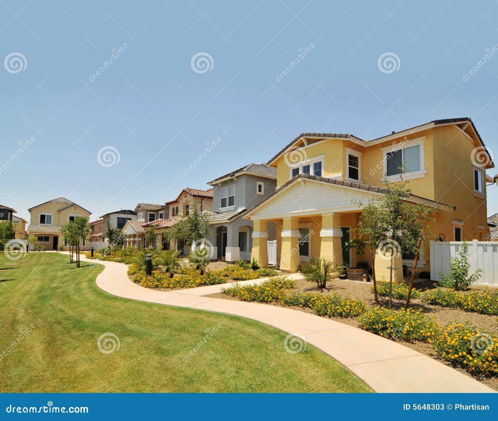 Fila de nuevos hogares en Arizona