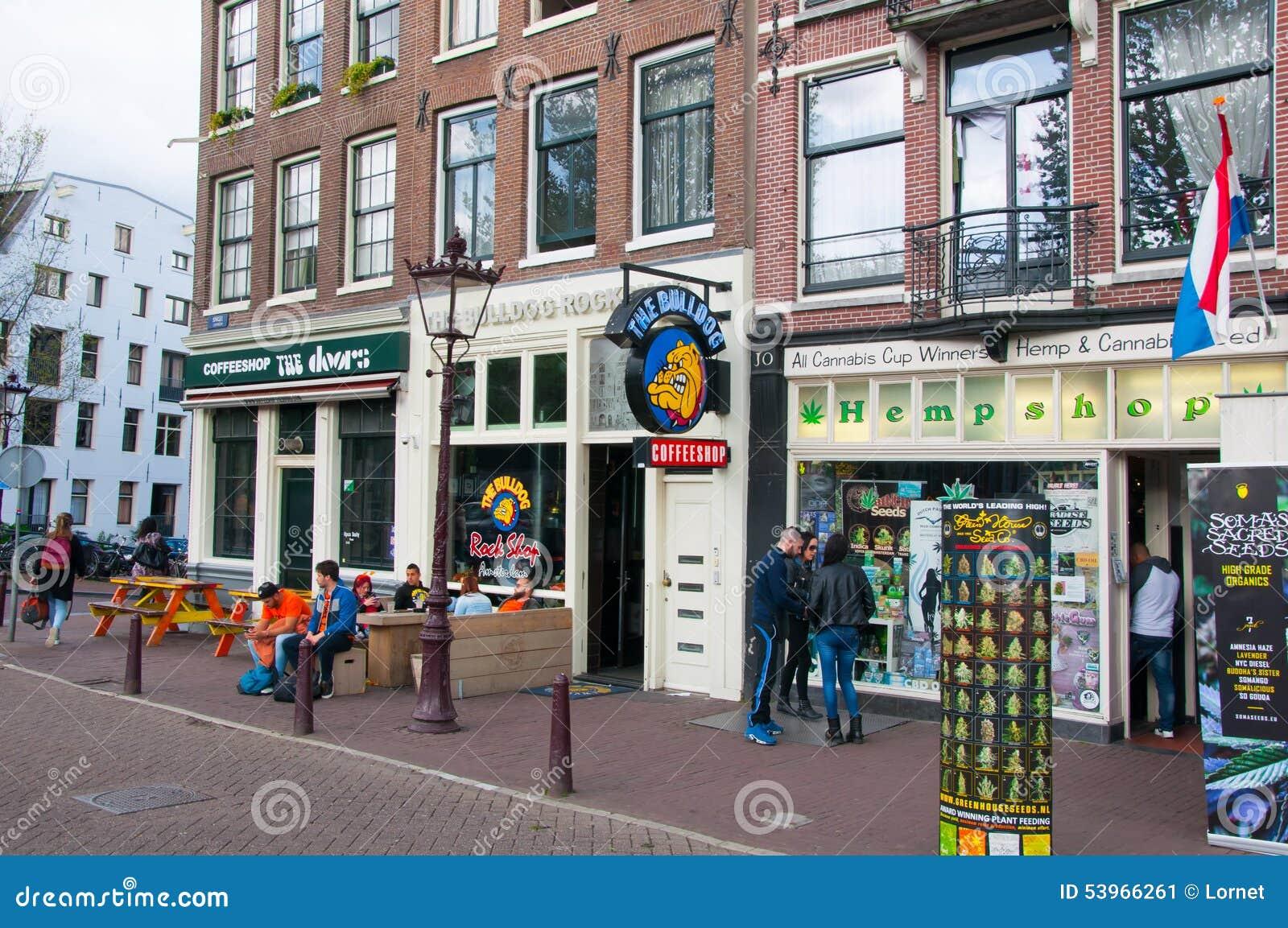 populair kopen korting te koop uniek ontwerp Fila Dei Coffeeshops Di Amsterdam Giù In Città Fotografia ...