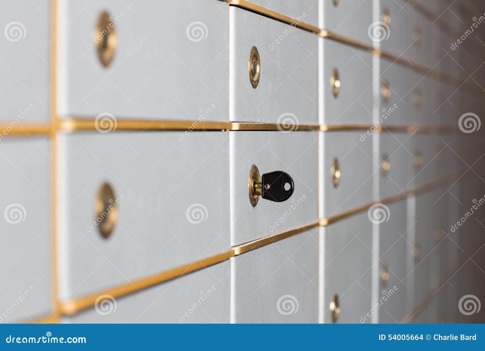 File delle cassette di sicurezza o degli armadi di sicurezza