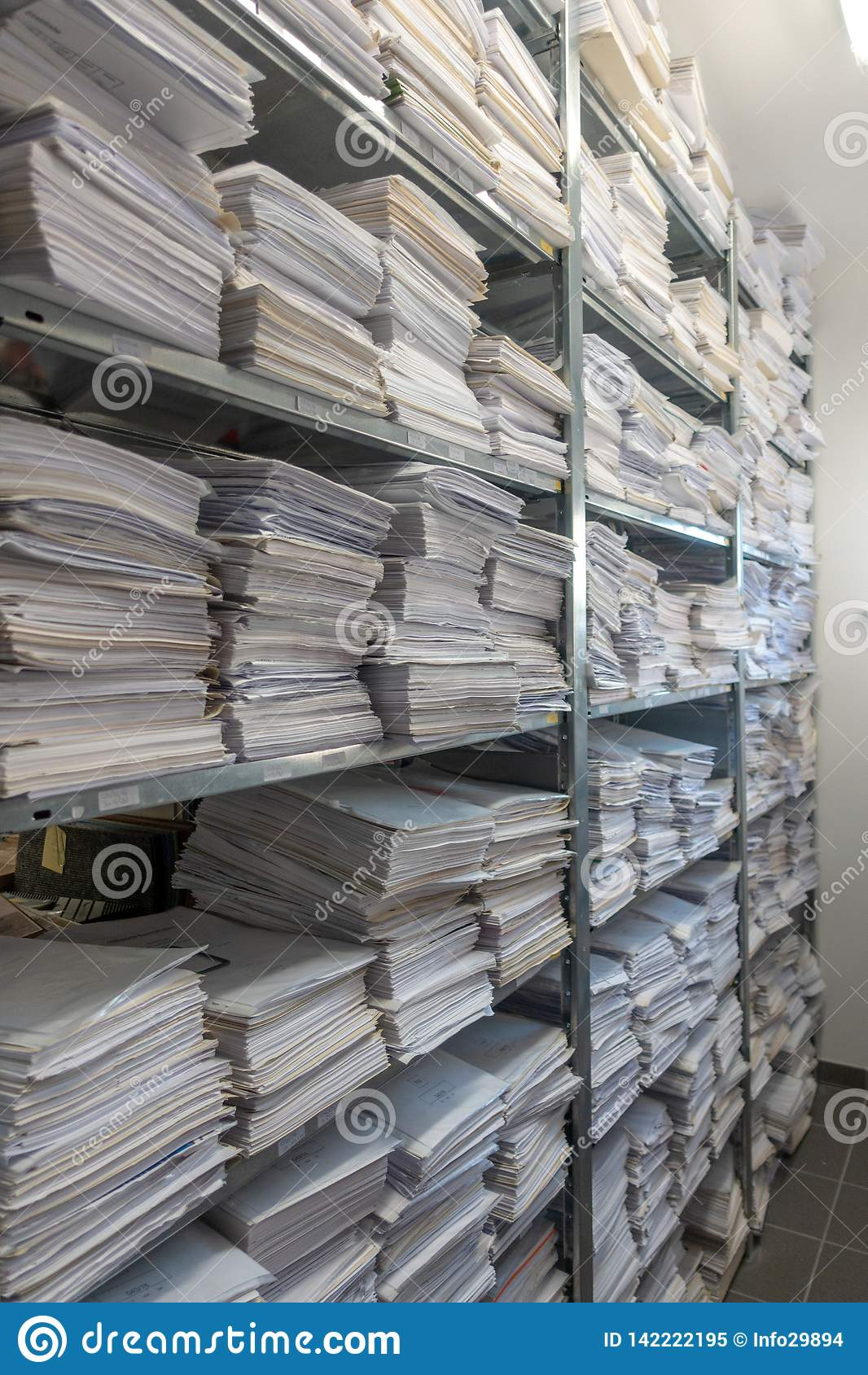 file stacks are stored in one archive
