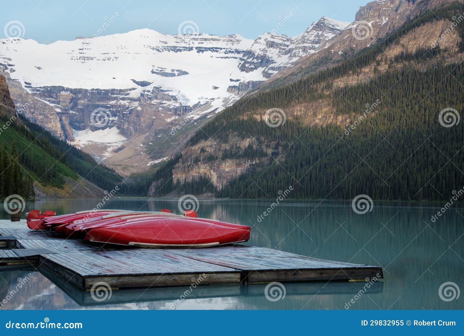 Fileira das canoas, parque nacional de Banff
