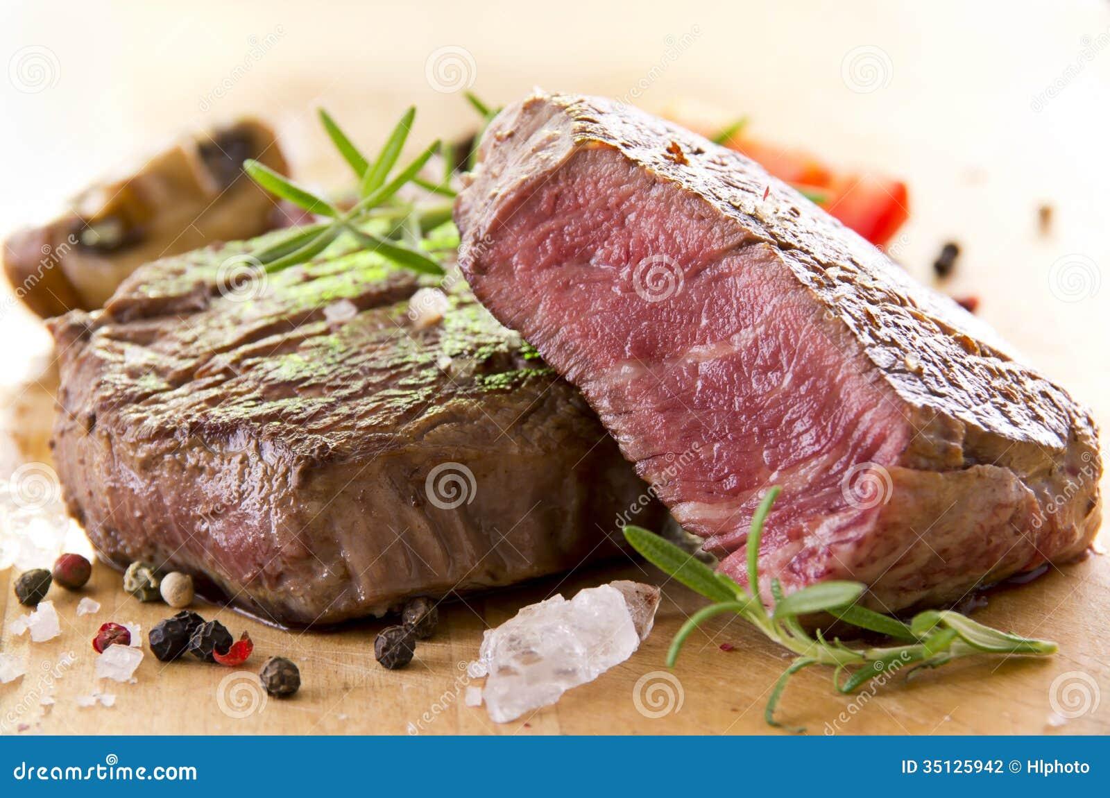 Different herbs royalty free stock image image 16265346 - Filete De Carne De Vaca Con Las Hierbas Fotograf A De Archivo