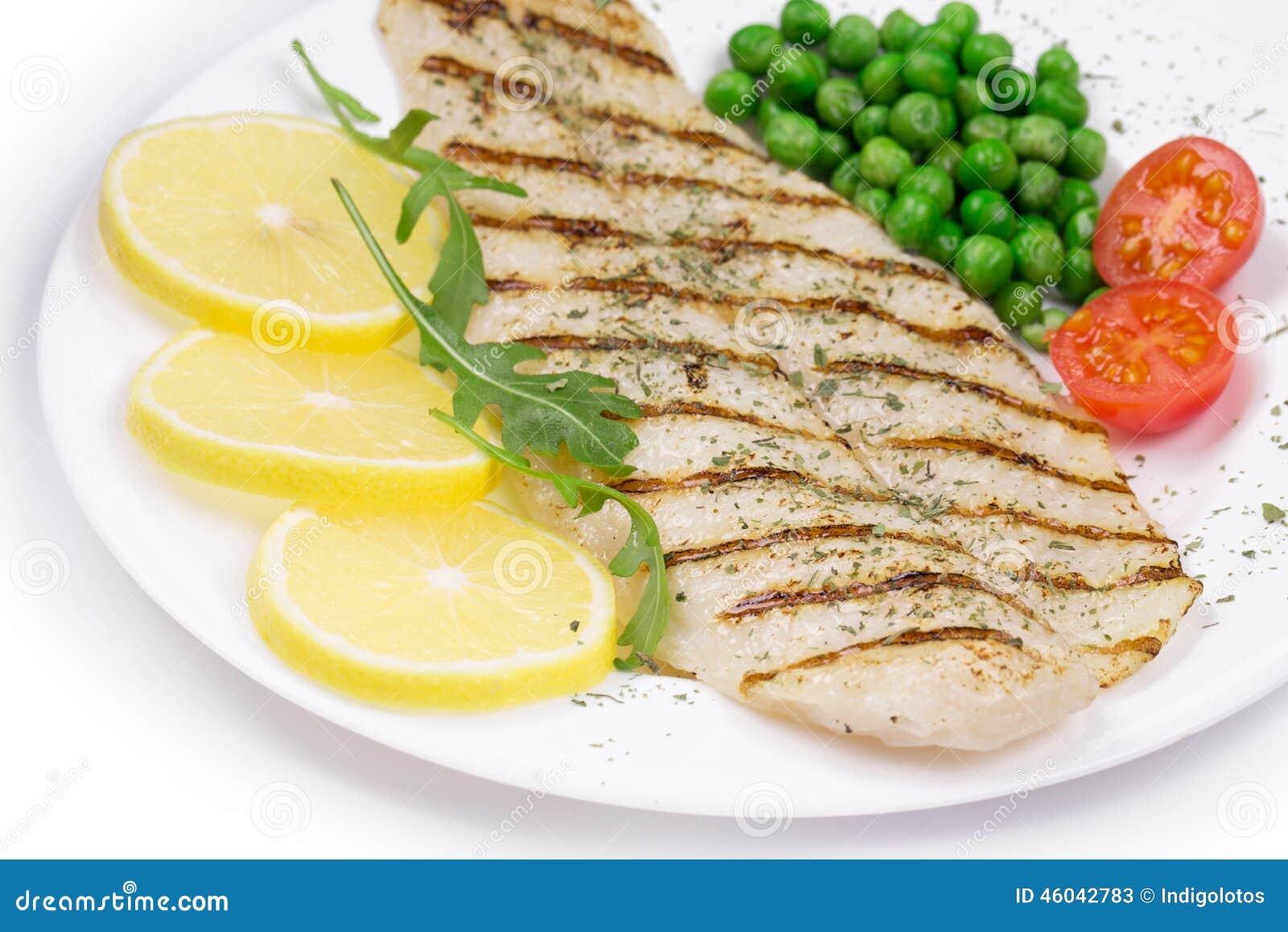 Filete de pescados asado a la parilla foto de archivo - Parrillas para pescado ...