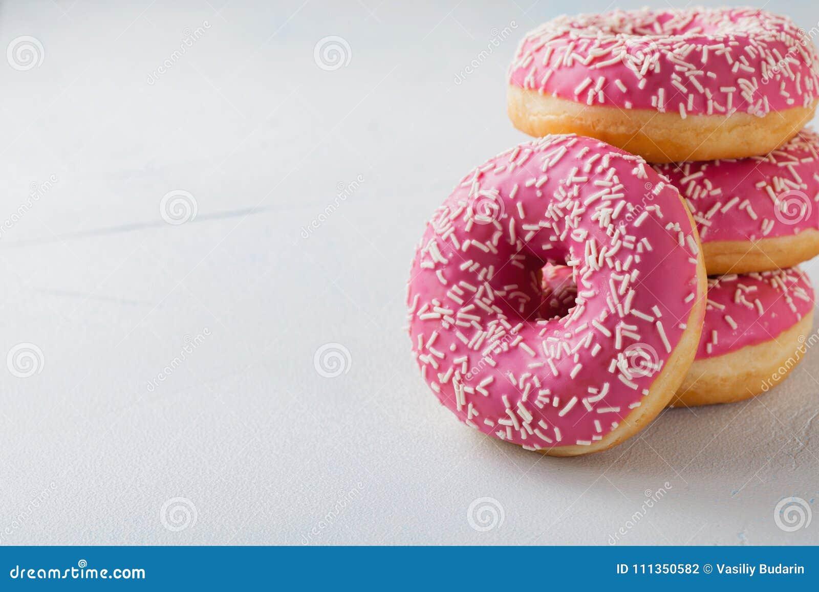 Filhós Alimento doce do açúcar de crosta de gelo Petisco colorido da sobremesa Deleite do bolo delicioso da padaria do café da ma