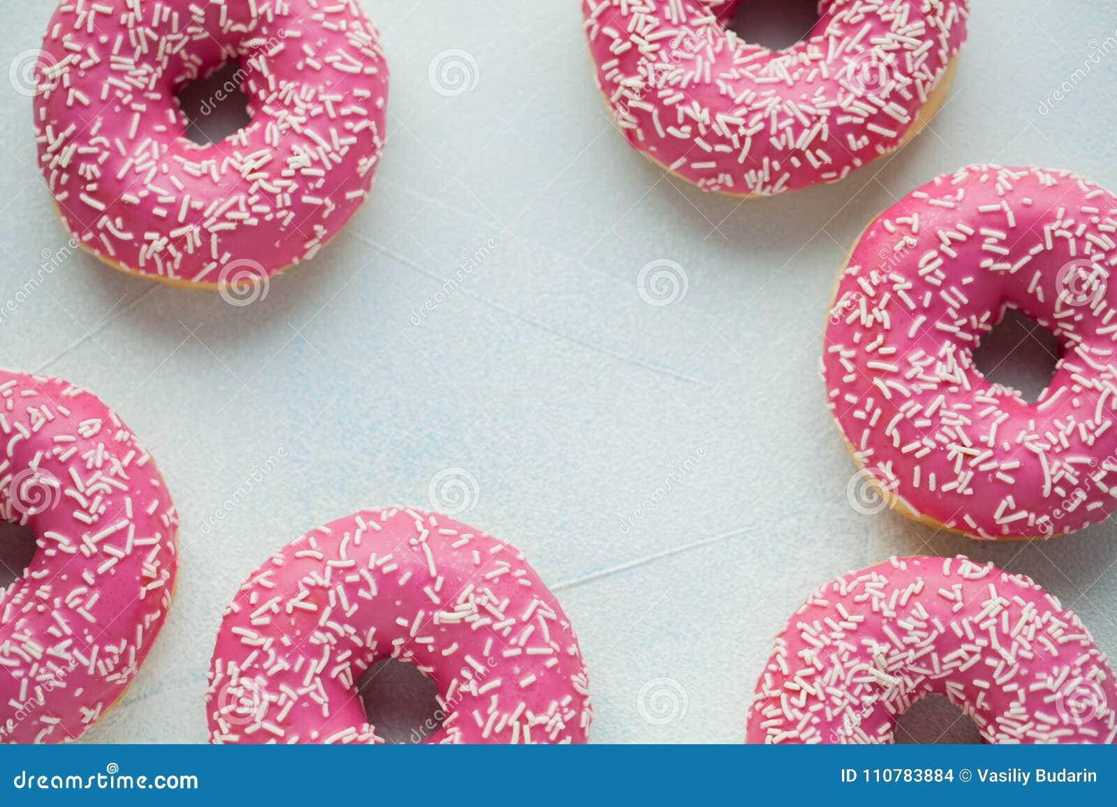 Filhós Alimento doce do açúcar de crosta de gelo Petisco colorido da sobremesa Vitrificado polvilha Deleite do bolo delicioso da