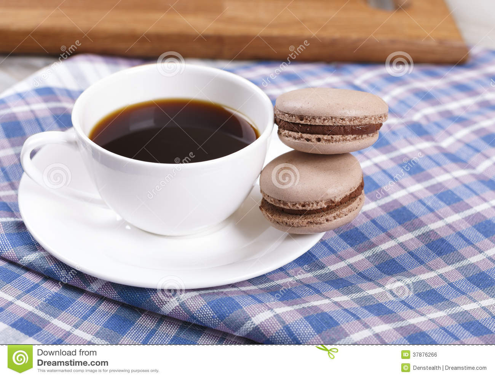 Filiżanka kawy z macaroons