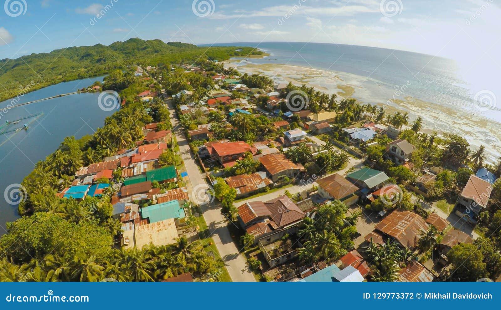 Filipińska wioska widok z lotu ptaka Wyspa Bohol Anda miasto