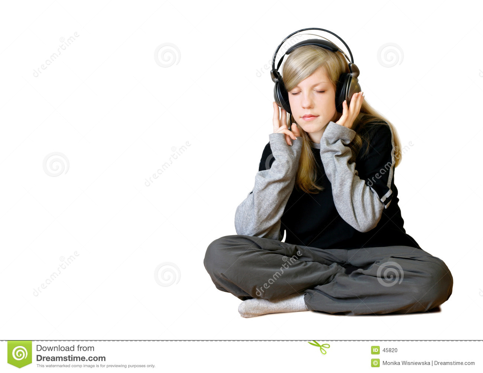 Fille écoutant la musique 2