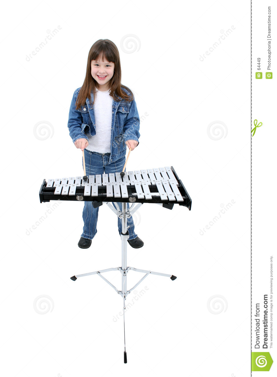 Download Fille (7 ans) jouant Bells image stock. Image du xylophone - 64449