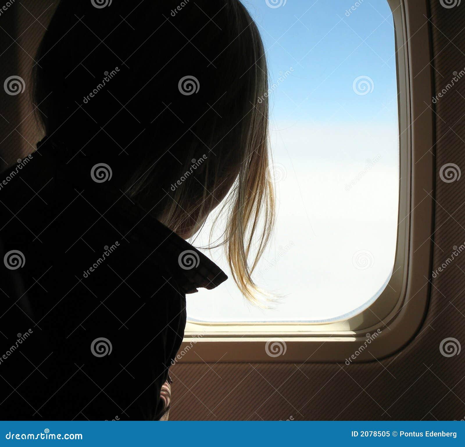 Fille dans l avion