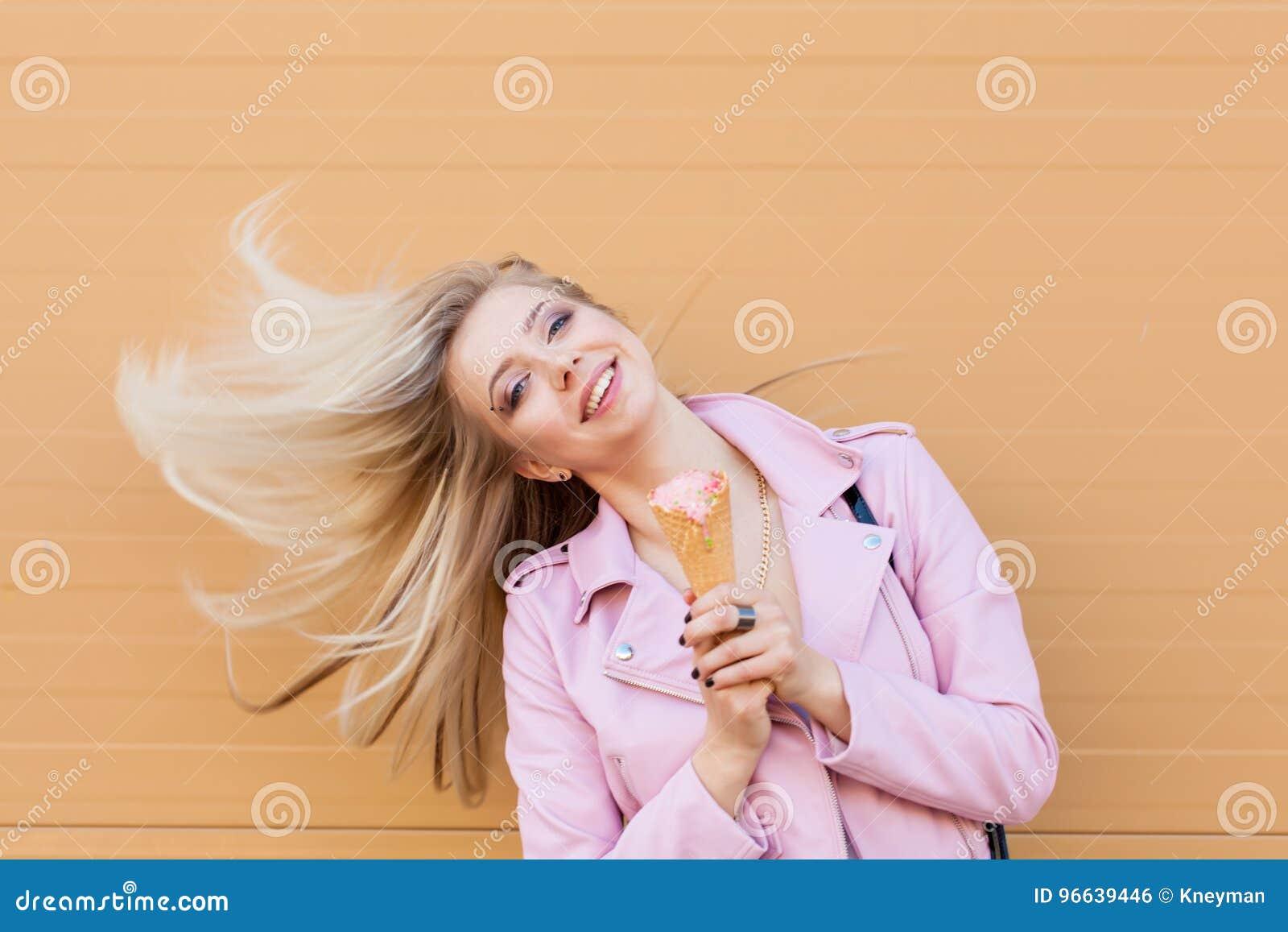 Blondes chatte adolescentsvidio chatte chaude