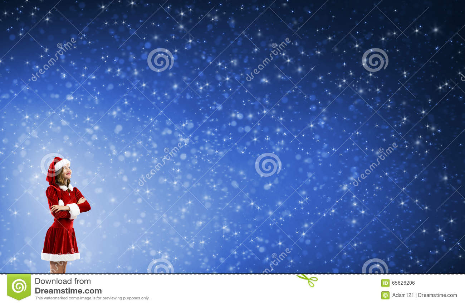 Fille de Santa dans le costume