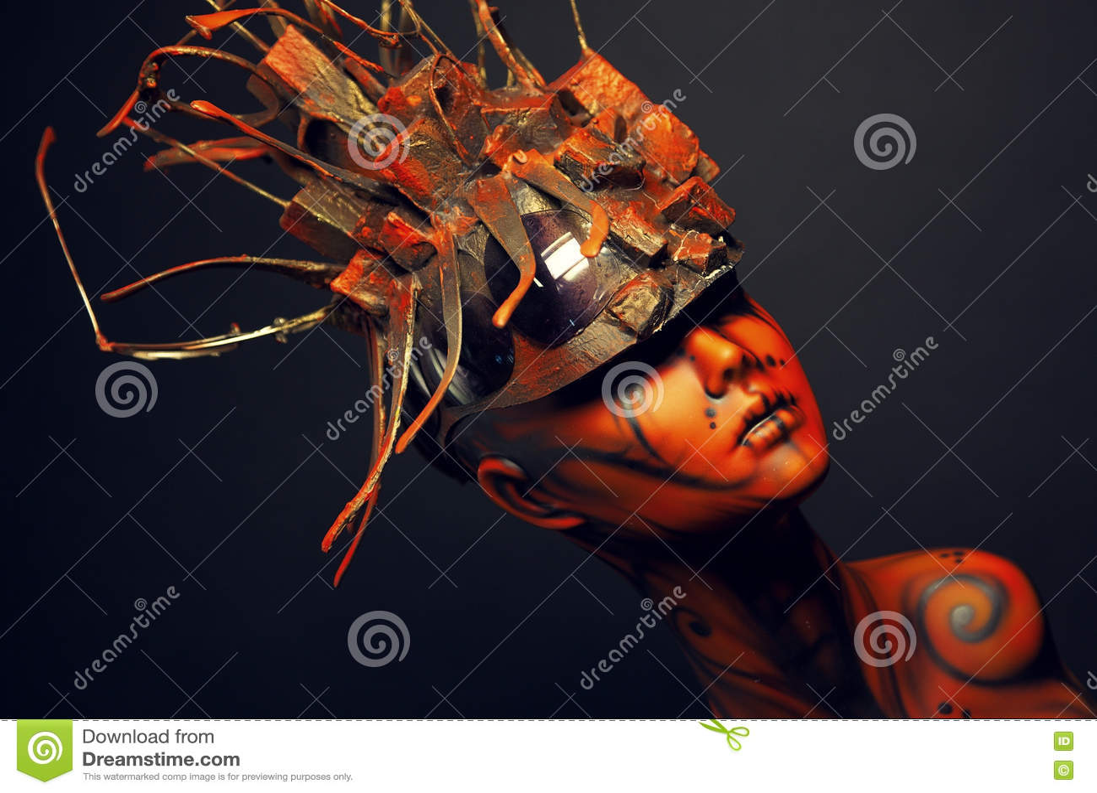 Fille peinte de mannequin avec le headwear en métal