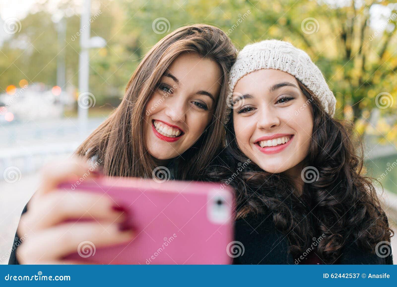 Les filles russes, filles ukrainiennes Datant en ligne