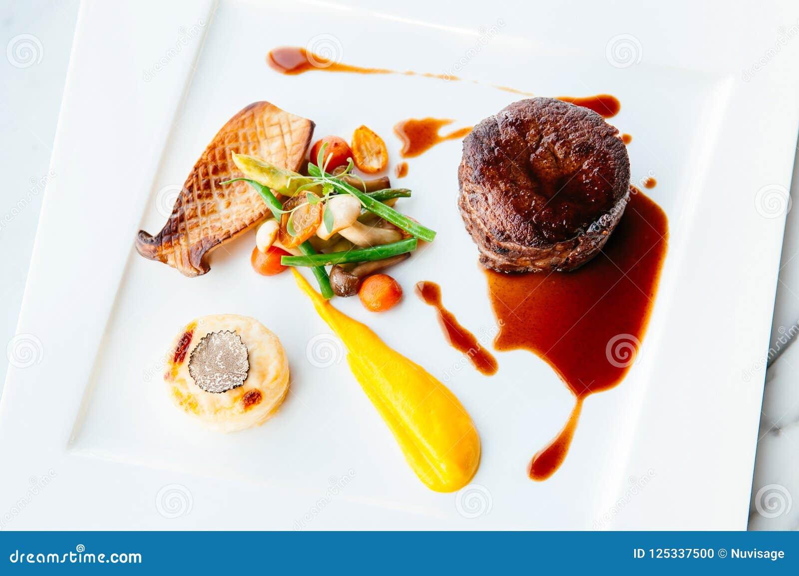 Fillet Mignon Steak Nice Fine Dining Style Dish Decoration ...