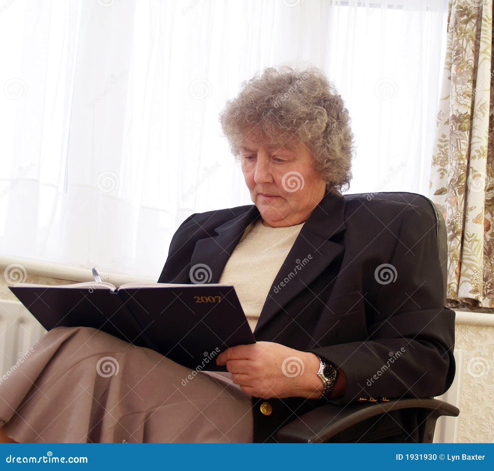 Adult trivia script download