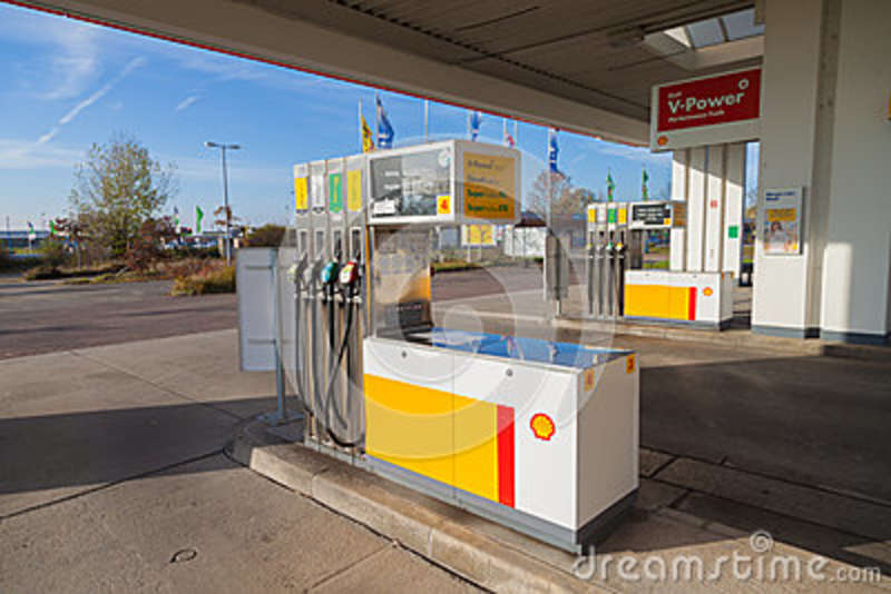 Filling nozzles at a Shell gas station