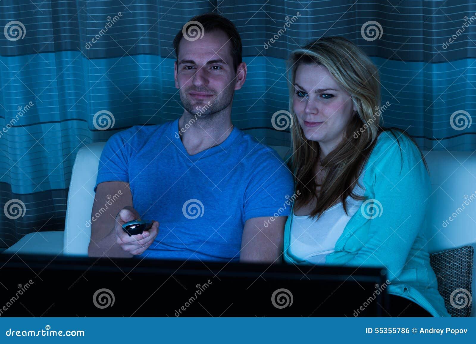 Film di sorveglianza delle coppie a casa