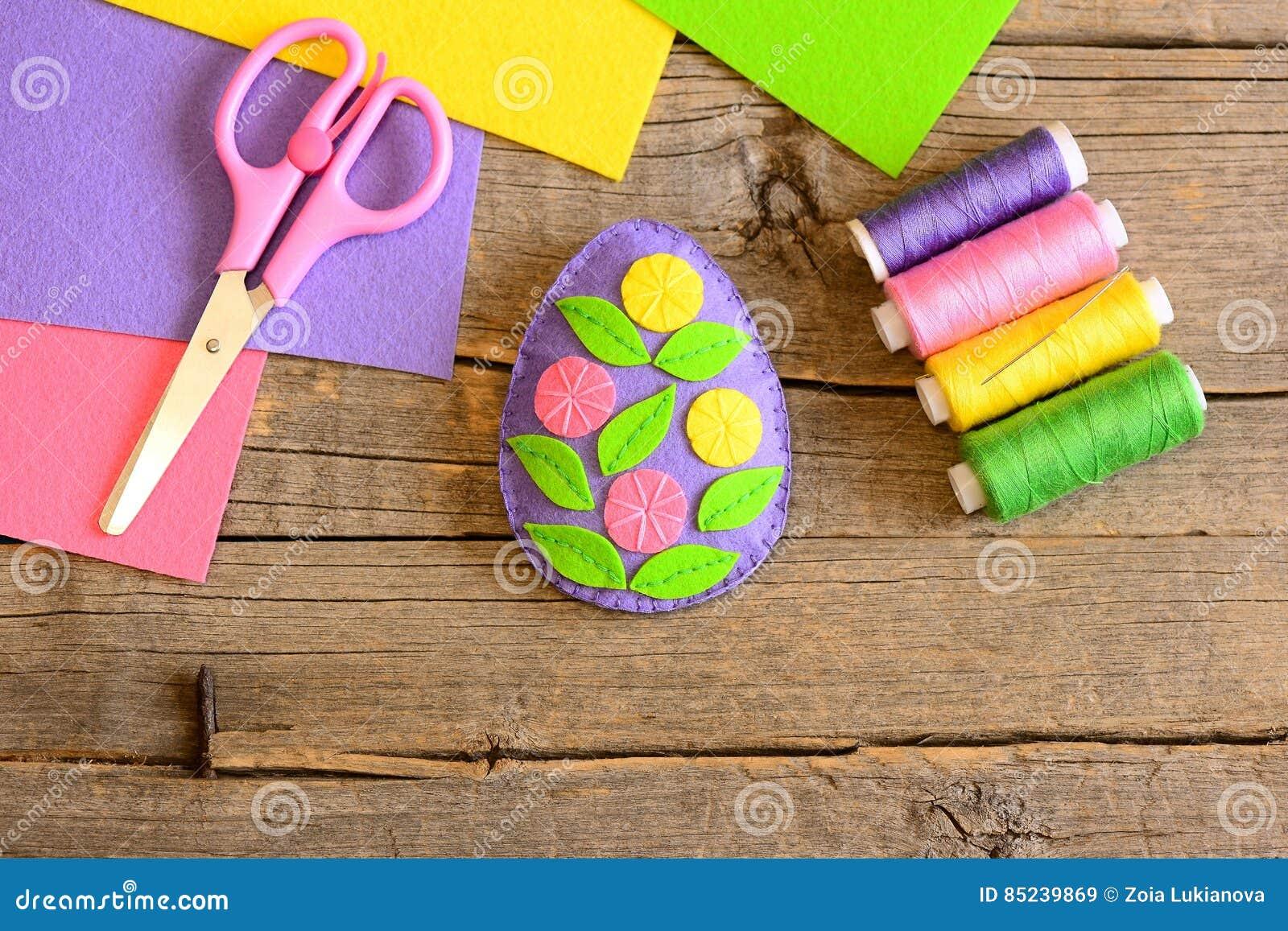 Filz Osterei Verziert Mit Blumen Und Blattern Einfache Ostern