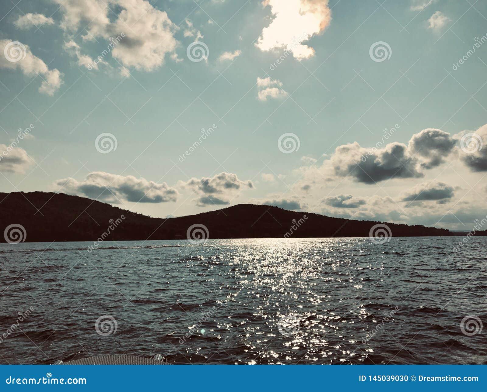 Fim da tarde no lago Winnipesaukee