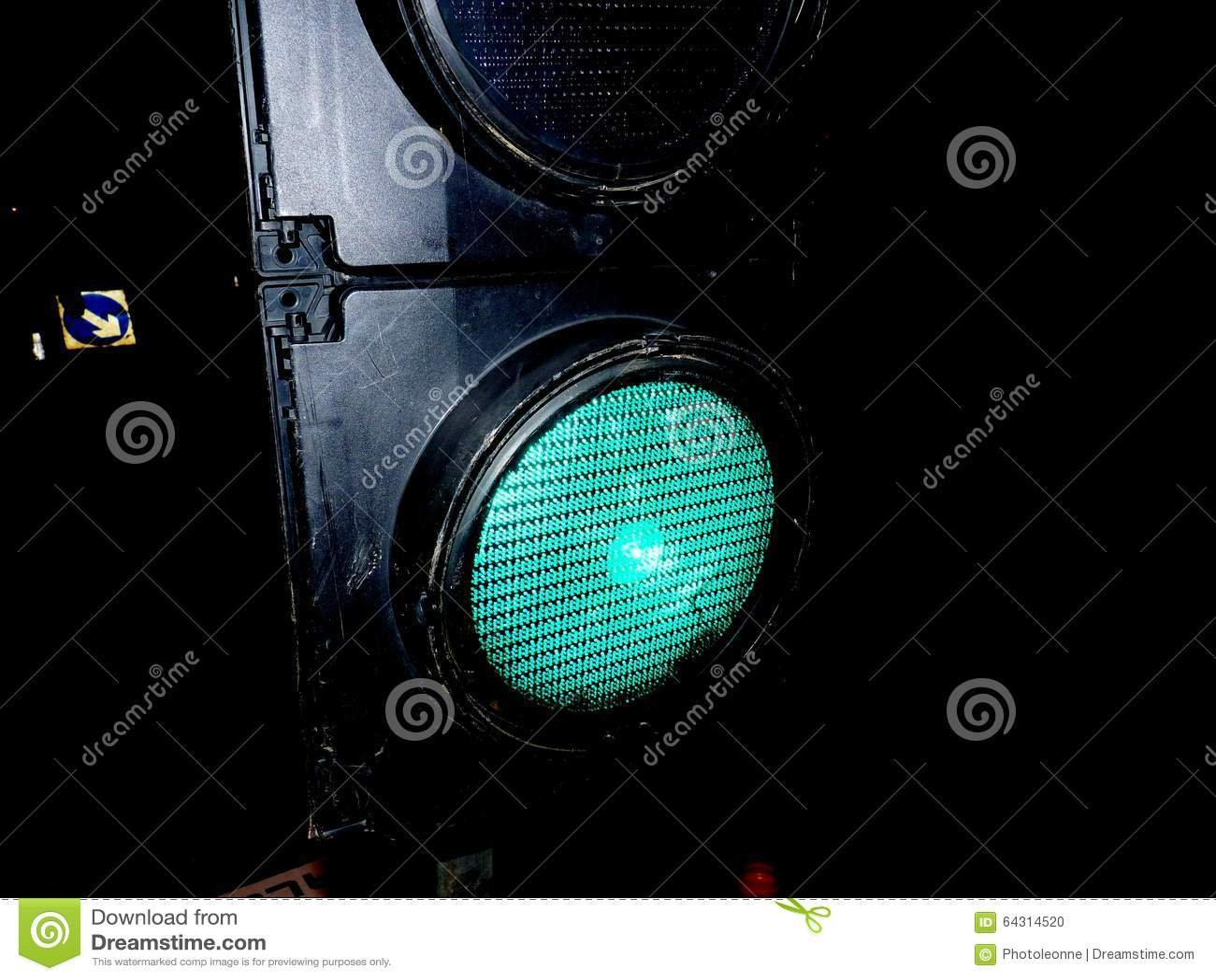 Fim do roadwork dos sinais acima da diversão