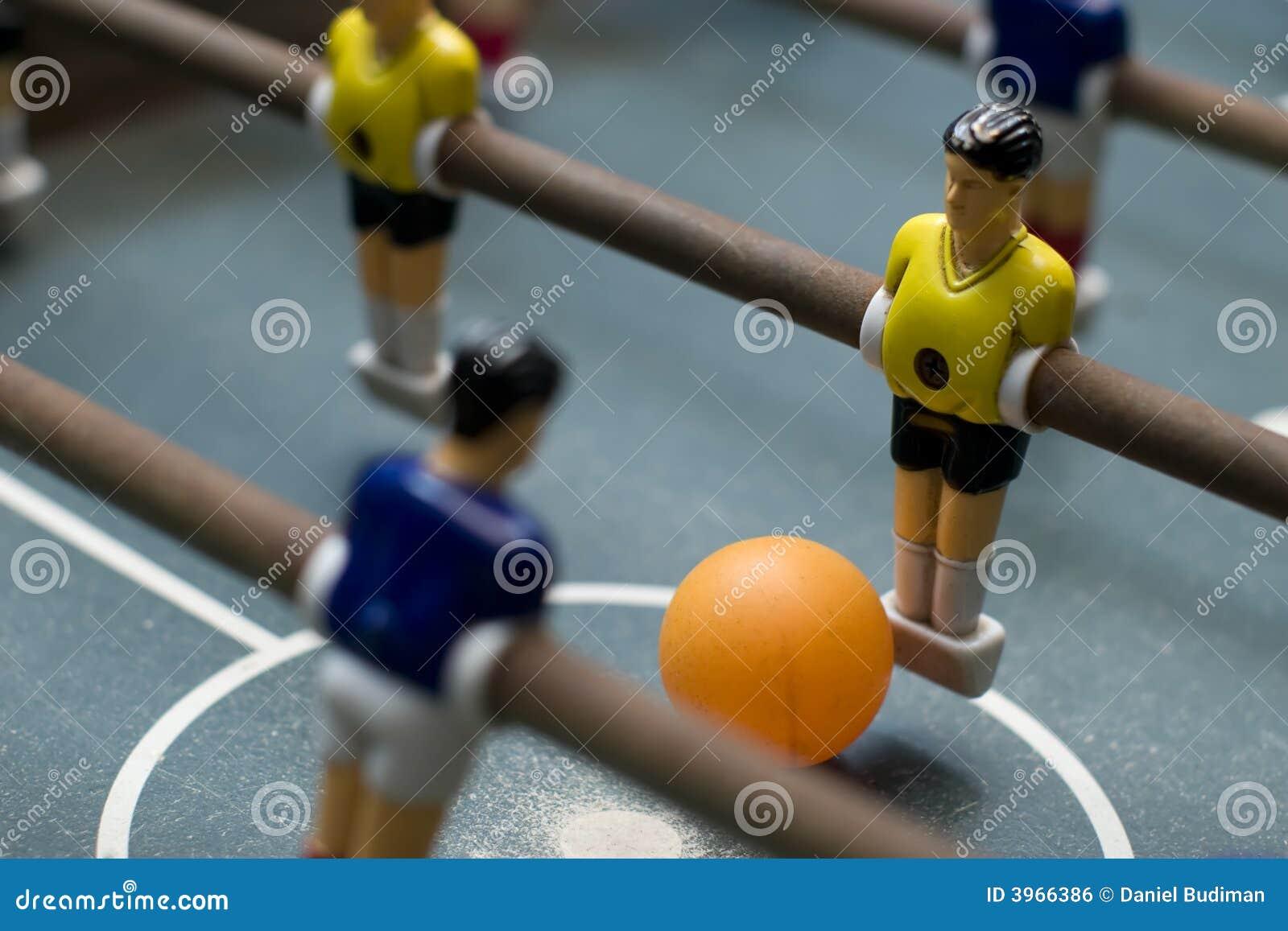 Fin de jeu de Foosball vers le haut de diagonale