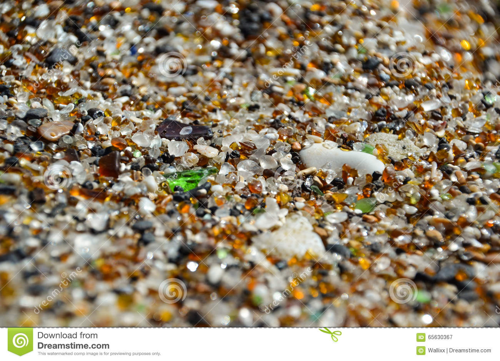 Fin - sable sur la plage en verre - Hanapepe, Kauai