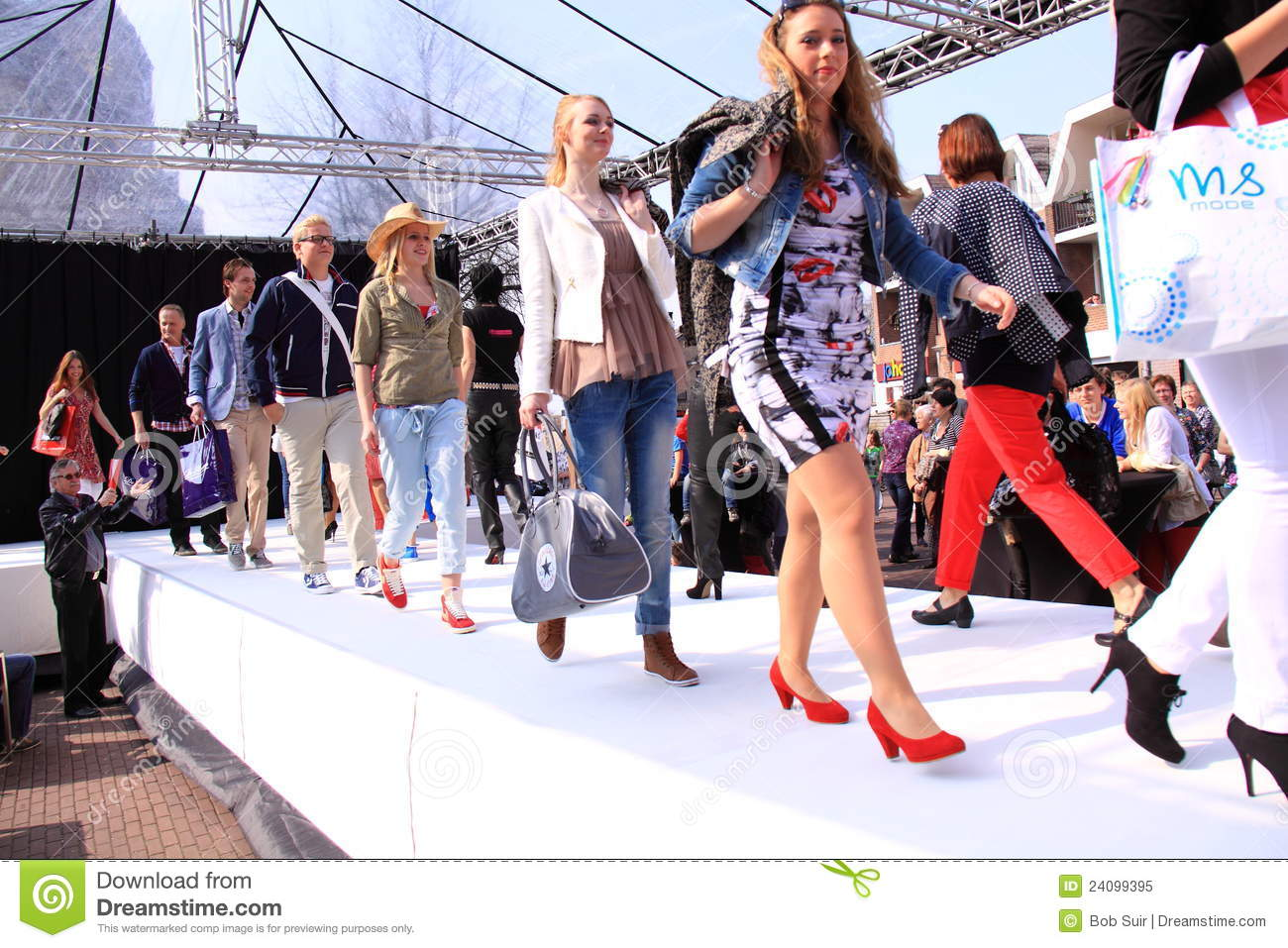 Beauty Fashion 1501 Videos: Final Parade Catwalk Models Editorial Image