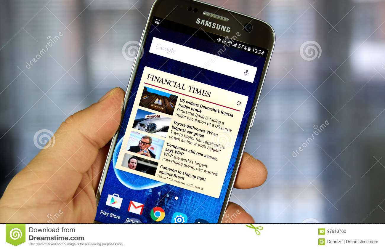 The Financial Times Android Application On Samsung S7 Editorial