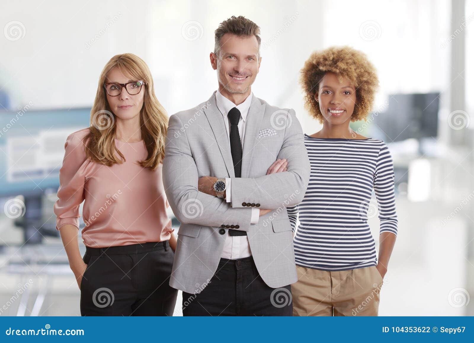 Financieel beheer die zich in het bureau bevinden
