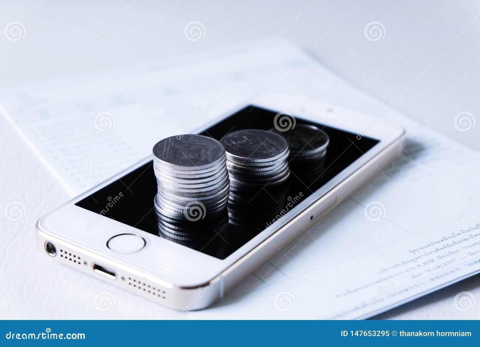 Finansiella och teknologitransaktioner
