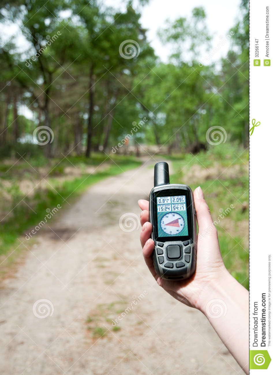 Gps hand held forest penetration