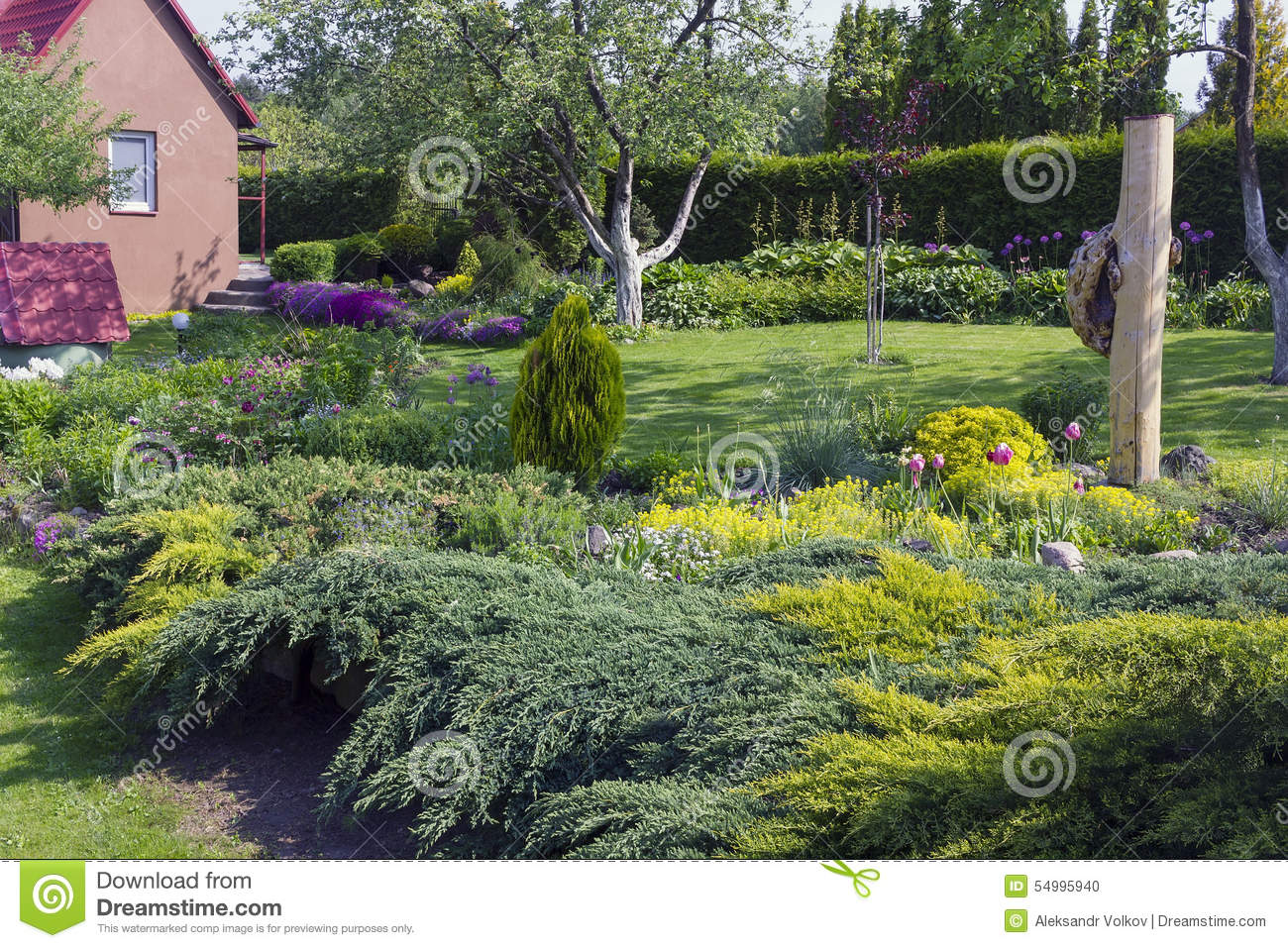 Fine european garden stock photo image 54995940 for Fine gardens landscaping