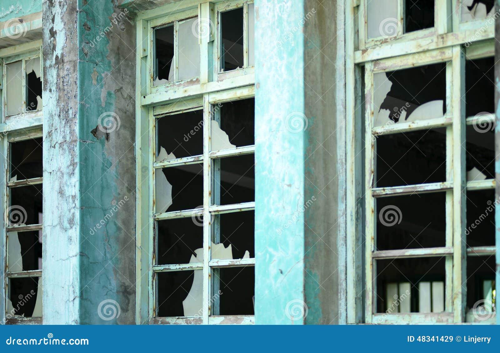 Finestra Con Vetro Rotto Immagine Stock Immagine Di Scuro