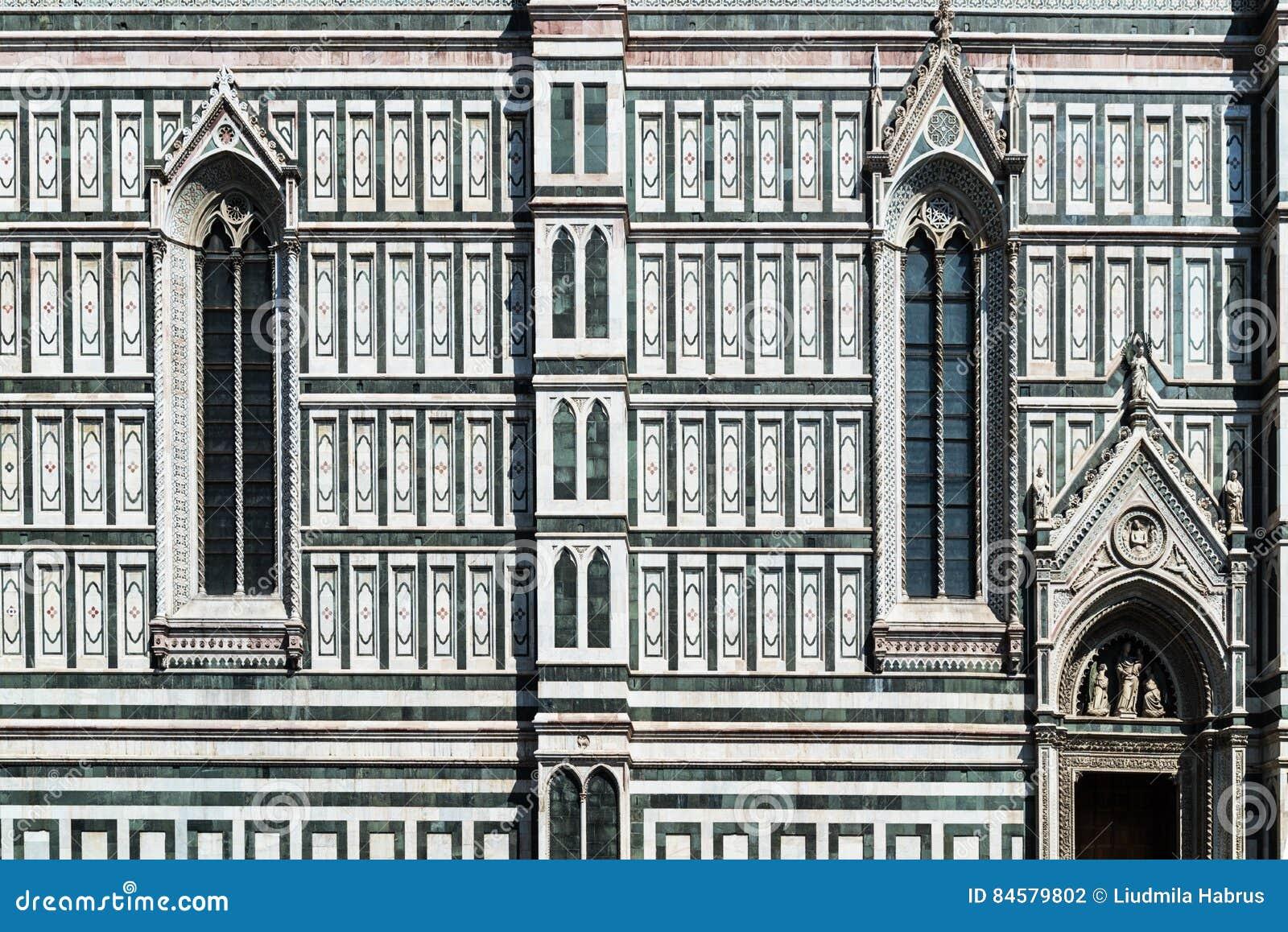 Finestra Gotica Un Dettaglio Della Facciata La Cattedrale Del