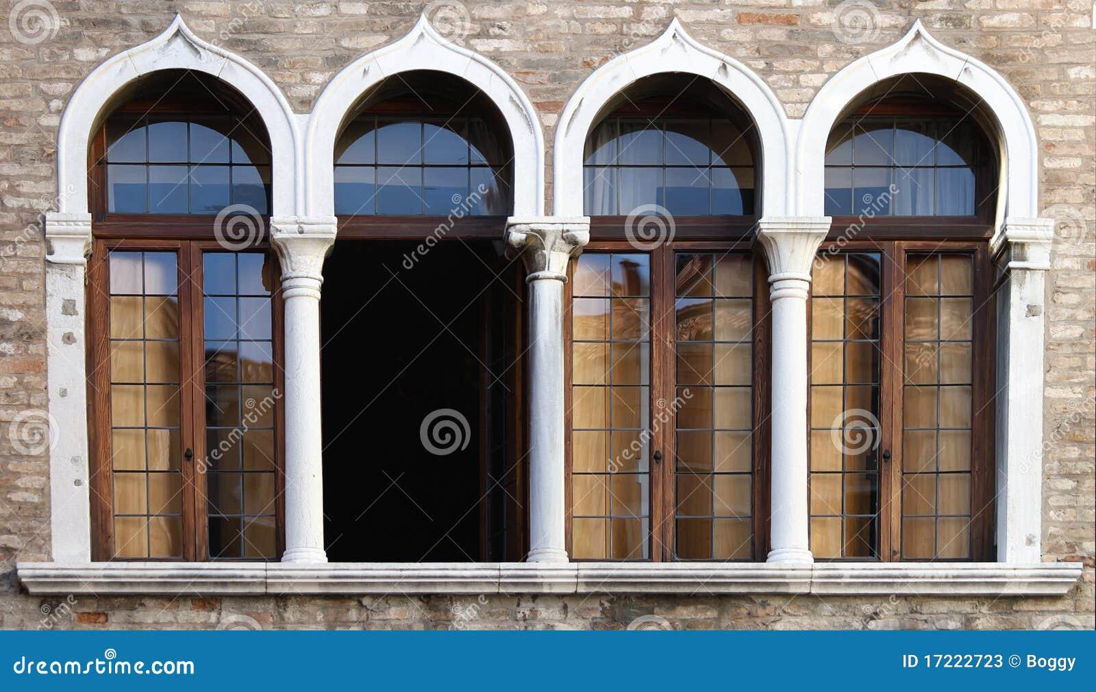 Finestre veneziane fotografie stock immagine 17222723 - Veneziane per finestre prezzi ...