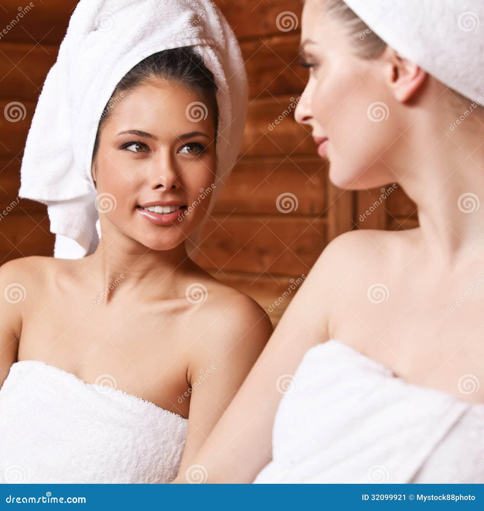 Фото девочки в бане 28 фотография