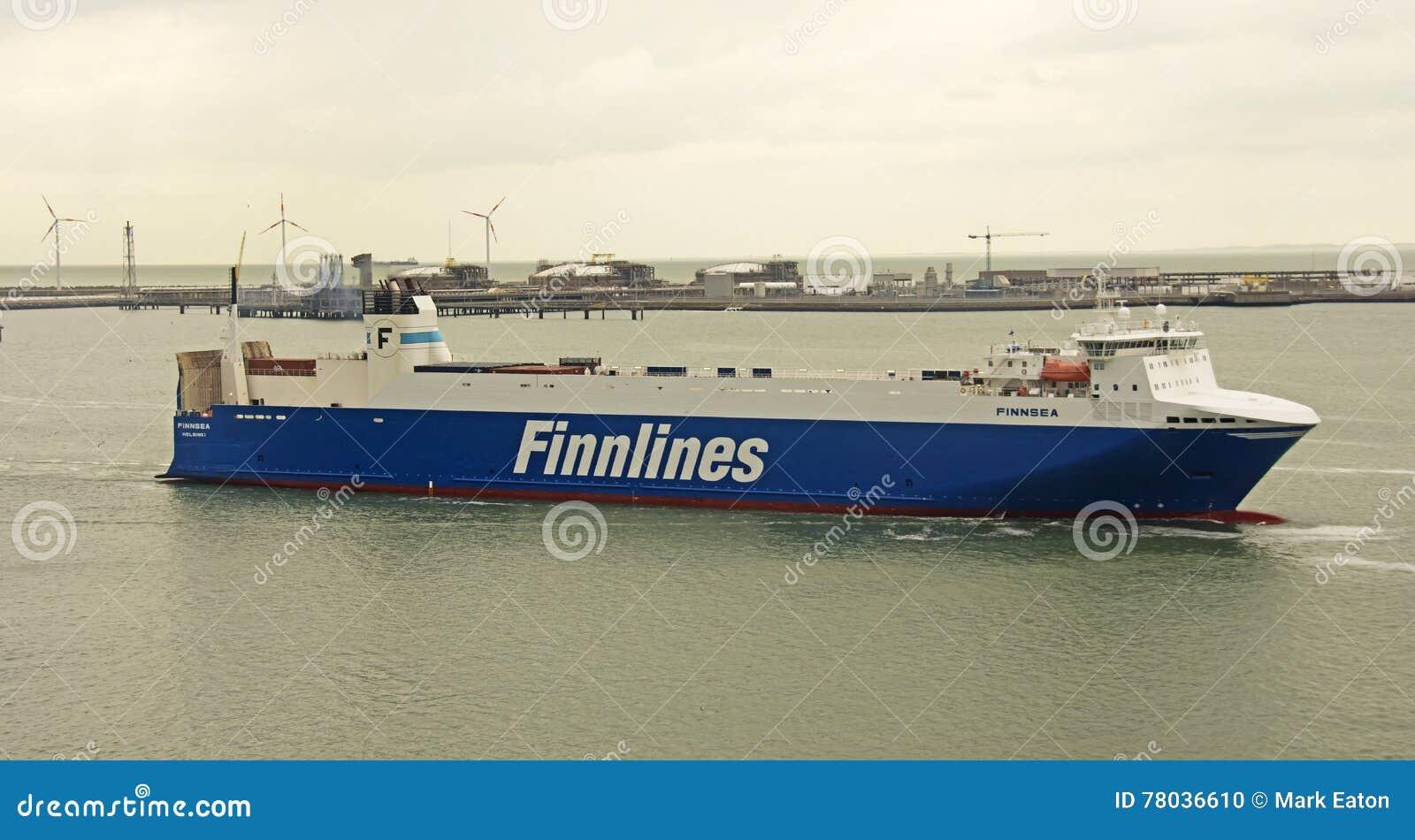 Finnlines-Schiff in Belgien