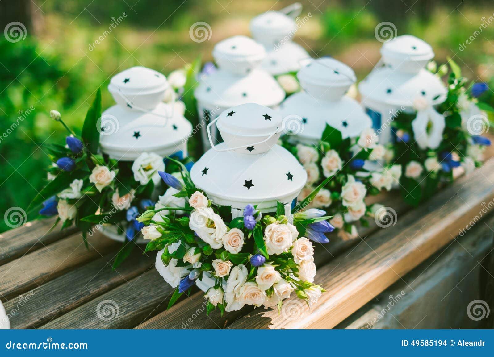 fiorisce la decorazione in lanterne fotografia stock